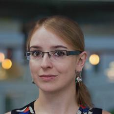 Yulia Akhulkova photo